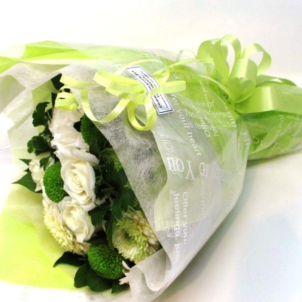 お誕生日の花束 ラウンドブーケ 白グリーン系