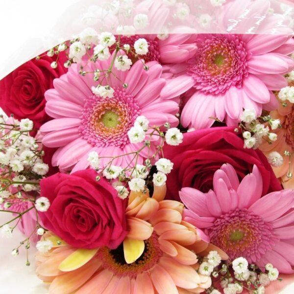 薔薇とガーベラの花束